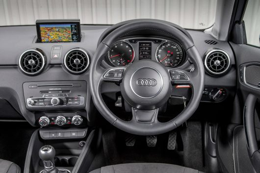 Retrofit CarPlay and Android Auto Kit for the Audi A1