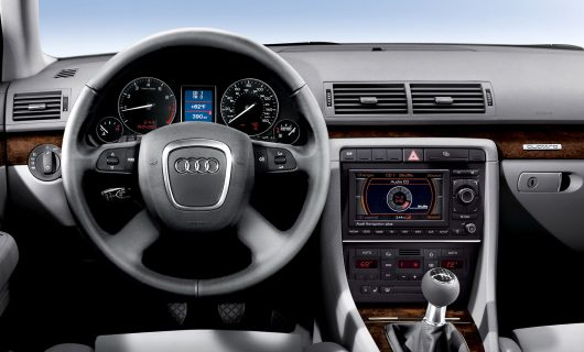 Audi A4 with MMI 2G HIGH